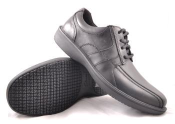 Clarks 66114 Slip Resistant Dress Casual Shoe